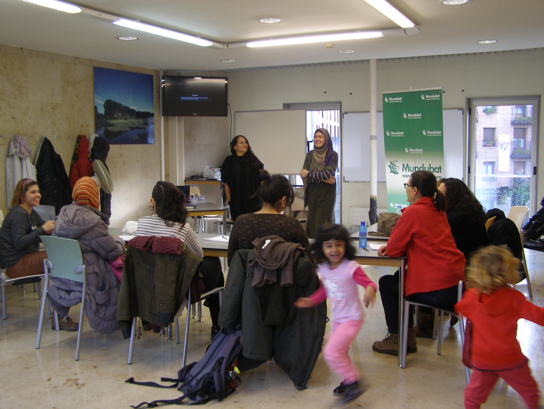 Escuela Identidades Feminista y Economía Feminista