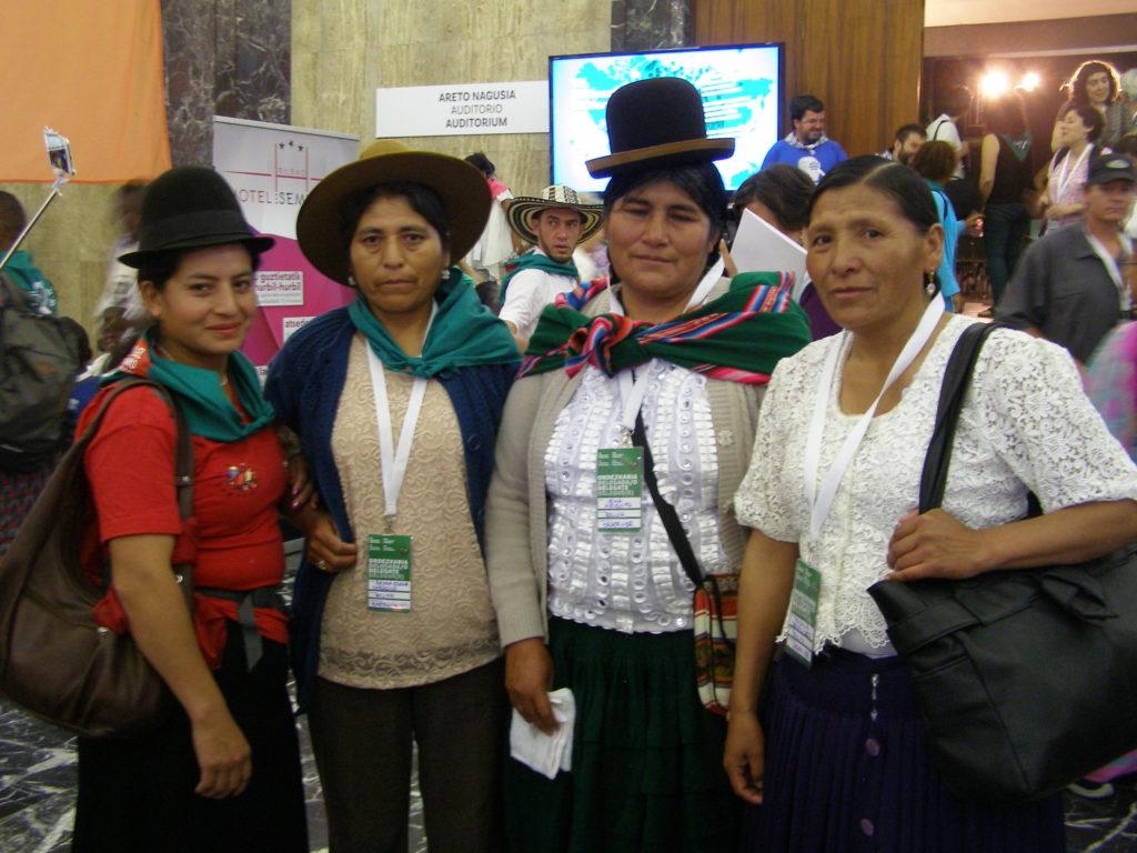 La delegación de Las Bartolinas en VII Conferencia Internacional de La Vía Campesina. En la imagen en un momento de la inauguración el día miércoles 19 de julio en Derio, Bizkaia.